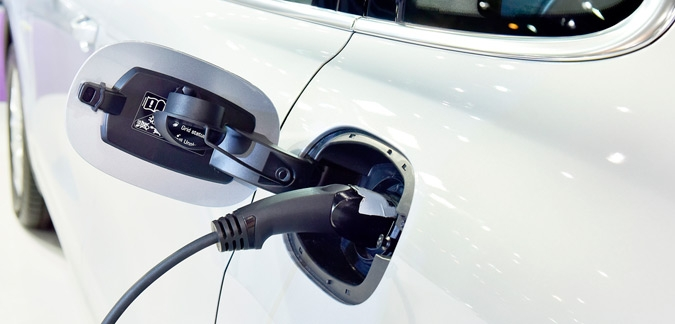 Plug-in car and van grant extended until October 2018